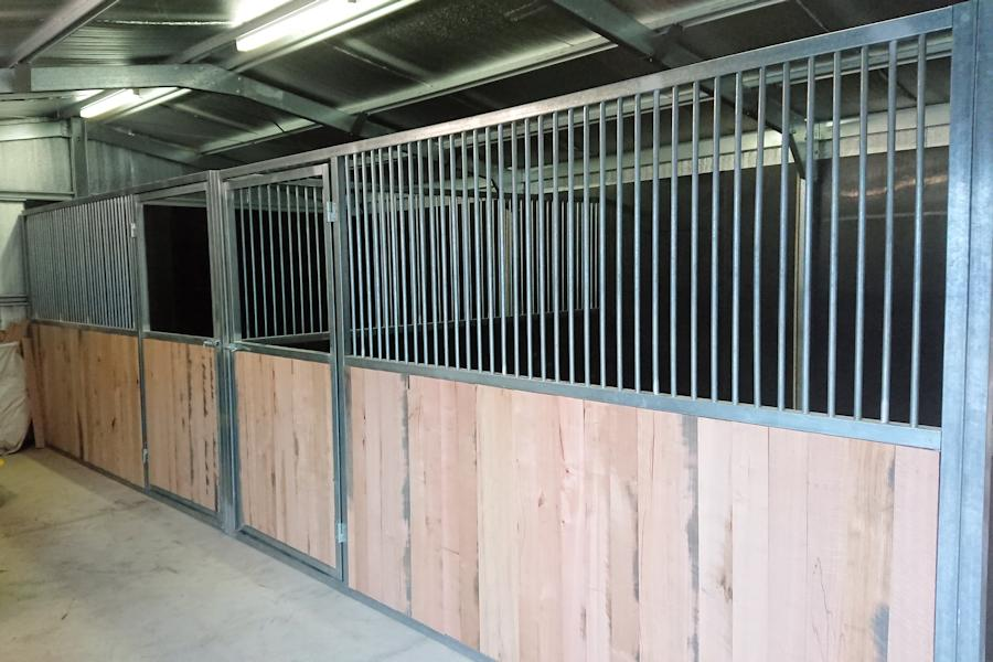Steel Horse Stable Melbourne Builder